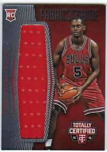 2015-16-Panini-Totally-Certified-Red-RC-Jumbo-Jersey-199-Bobby-Portis-Bulls
