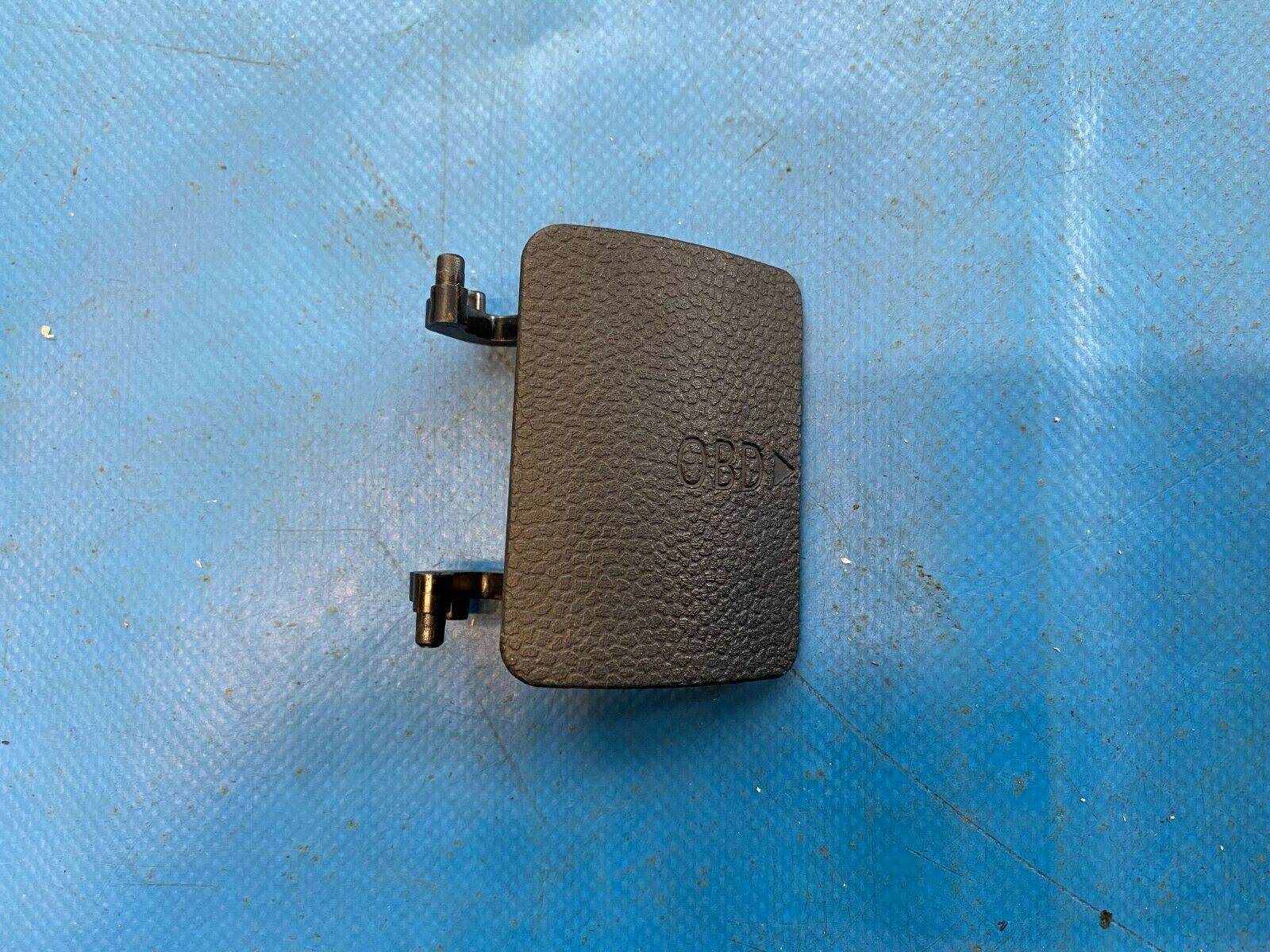 Authentique Utilisé Mini OBD Port Trim Cover Panel For F55 F56 F57-7360238