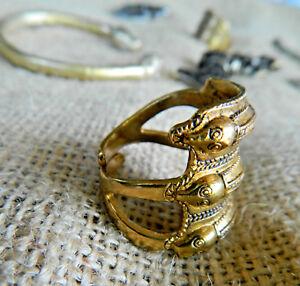 Germanischer-Schlangen-Ring-der-Eisenzeit-Bronze-tragbar-nach-Originalfund