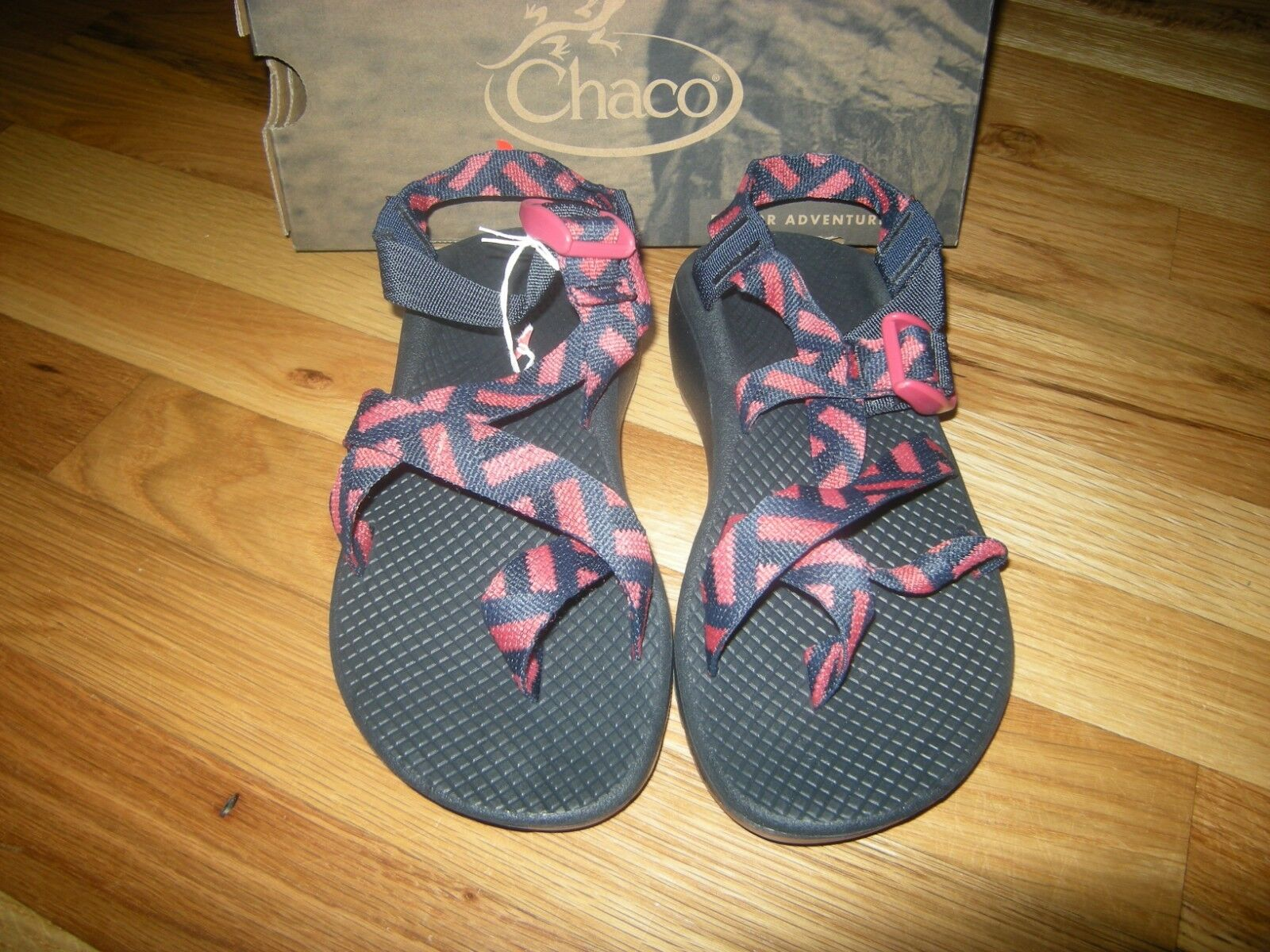 Brand New Womens Cover Eclipse Chaco Zcloud 2 Sandals, Size 7