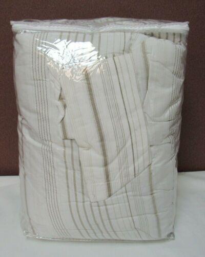 Cottage Classics Farmhouse White/Gray Stripe 2-Piece Twin XL Comforter T4101180