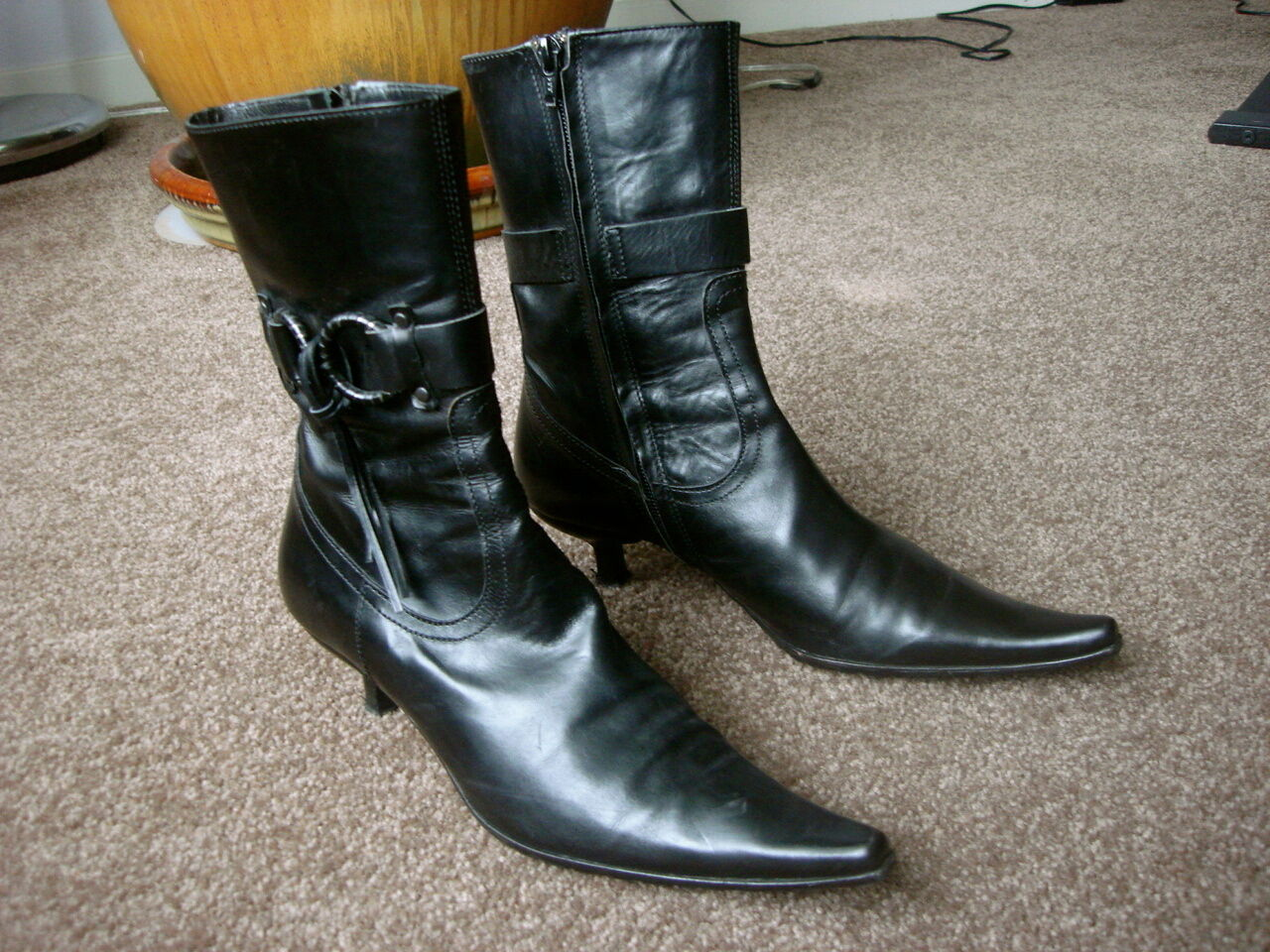 AUTH JOY & PEACE ITALY LEATHER BOOTS Sz 36, 6 US