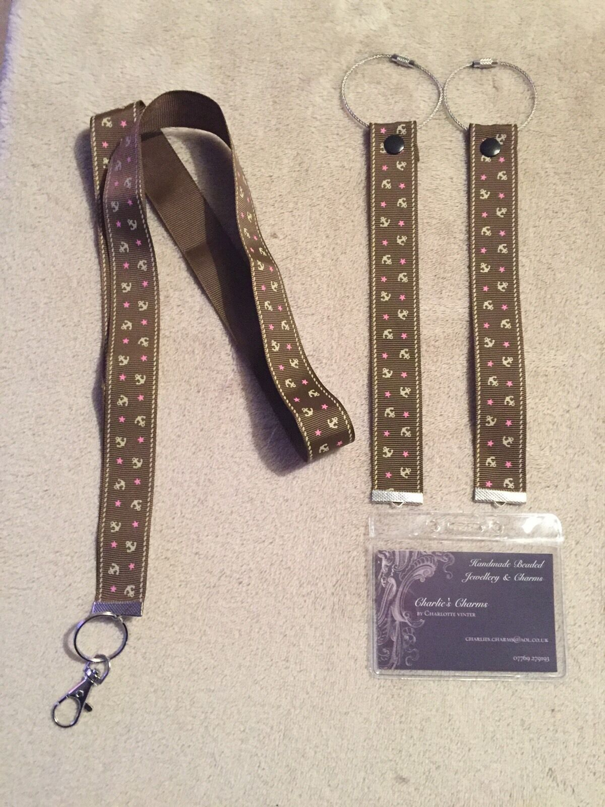 Cruise Card Holder With Matching Luggage Ribbons In Gorgeous Brown Anchor Print