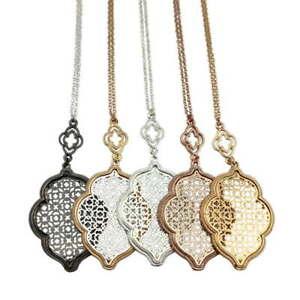 Cut-Off-Gold-Filigree-Quatrefoil-Statement-Long-Chain-Clover-Pendant-Necklace