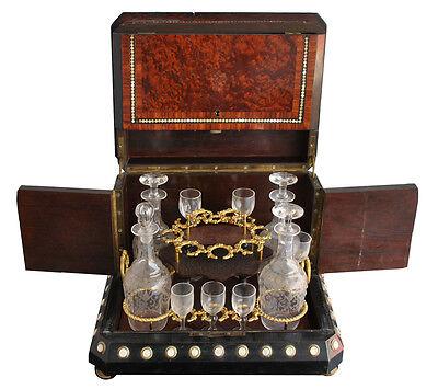 cave à liqueur loupe de Thuya et incrustation de perle XIXème