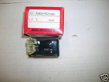 BB 10 30410-MC4-003 MODULE, IGN CONT Originale HONDA CDI XL 500 R '82