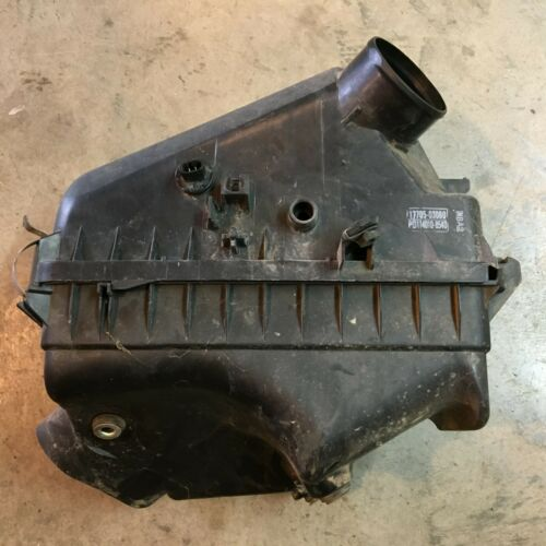 00 01 2000 2001 TOYOTA CAMRY AIR CLEANER 2.2L 4 CYLINDER