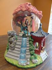 VIDEO Disney Store Mulan Reflection Rotating Musical Music Box Snow Water Globe