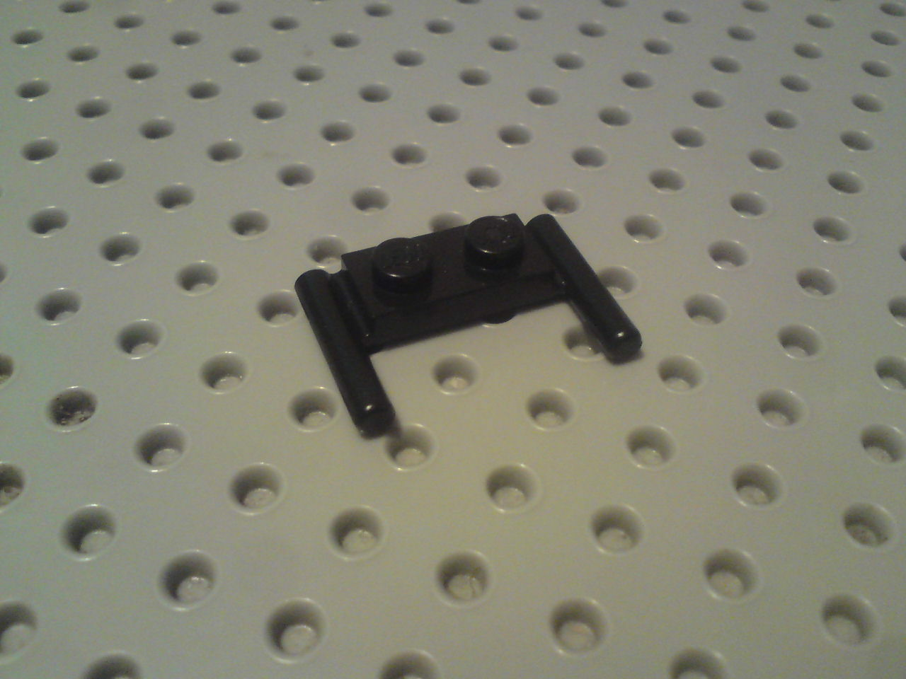 Lego Plate with Handles 1x2 to side on each end lowered - Black x16 3839b