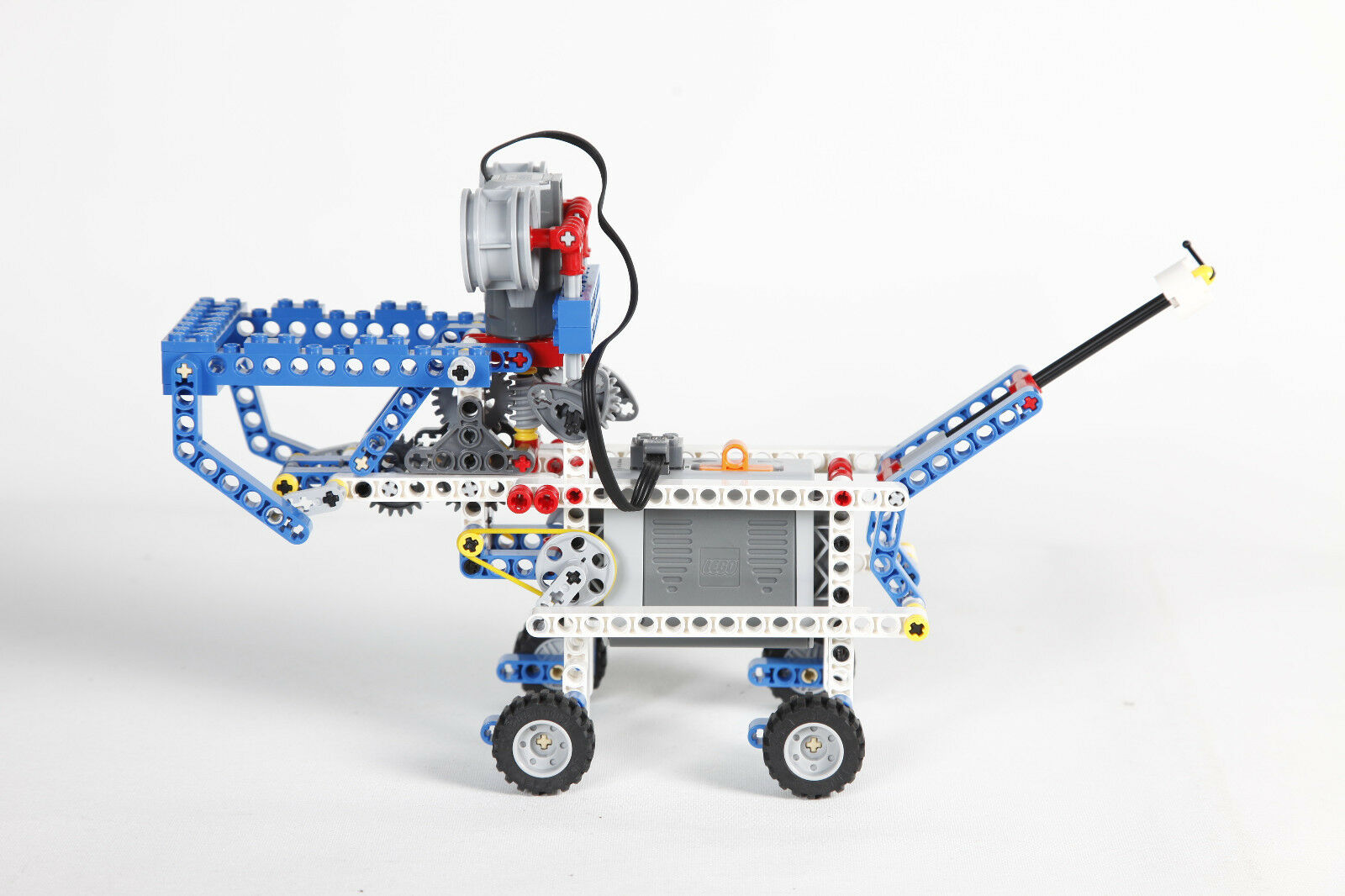 Lego Moveable Dog with Motor Assembled 4071