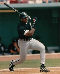 Frank-Thomas-Chicago-White-Sox-UNSIGNED-8x10-Photo