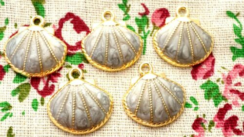 Shell charm grey enamel gold pendant charm jewellery supplies C1262