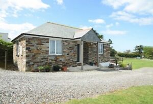 Holiday-Cottage-in-Tintagel-Cornwall-to-let