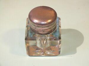 Petit-encrier-de-bureau-en-cristal-taille-et-bouchon-metal