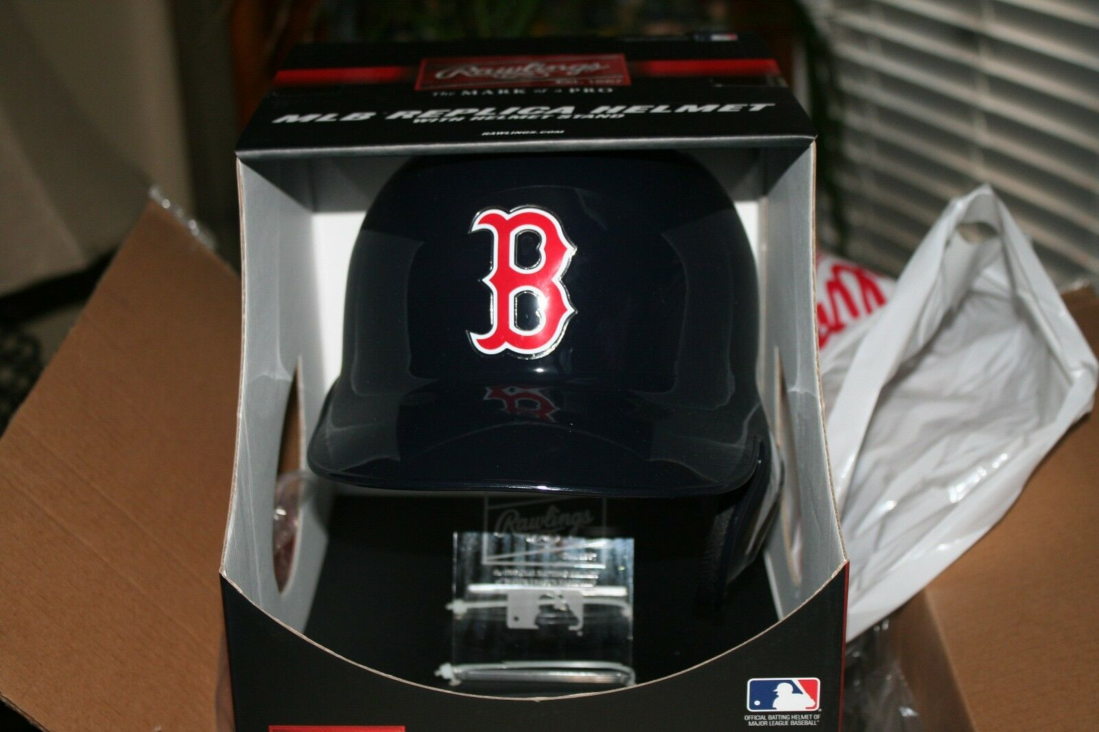 Boston rosso sox MLB FULL SIZE Batting Helmet with FREE Stand Display Stand FREE 99c1b7