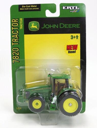 1/64 ERTL JOHN DEERE 7820 4WD TRACTOR