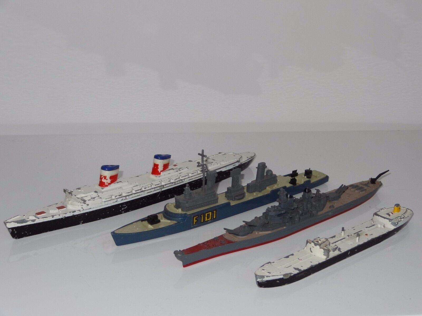 (C) Triang Minic, MATCHBOX lot de 4 navires