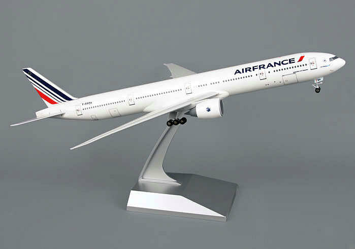 Die boeing 777 - 300er air france  200 skymarks skr653 flugzeugmodell neu - af b777