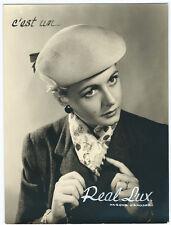 Photo publicitaire vers 1940 Chapeaux de femmes Real Lux Belgique Belgium beret