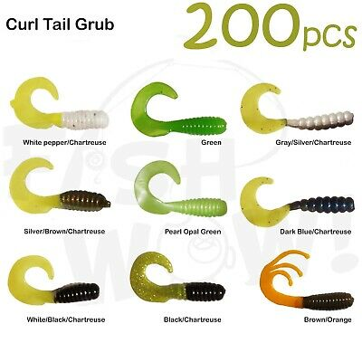 with tail extended Twin Tail Perch Grub Scampi lure Random colors 30pcs 7 inch