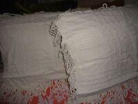 Grillework Sears Bedspread-style Autumn Wheat Cream (pair) Standard Pillow Shams