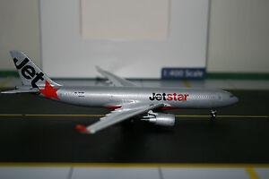 Aeroclassics-1-400-Jetstar-Airbus-A330-200-VH-EBA-ACVHEBA-Die-Cast-Model-Plane