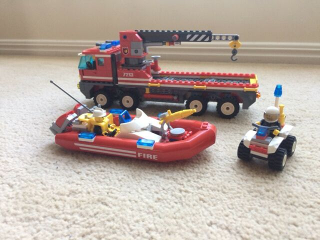 Lego City 7213 Off Road Fire Truck And Fire Boat