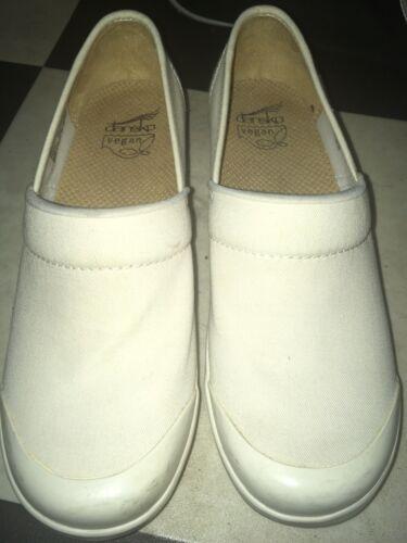 Dansko nurse style Vegan womens shoes size 39 US 8