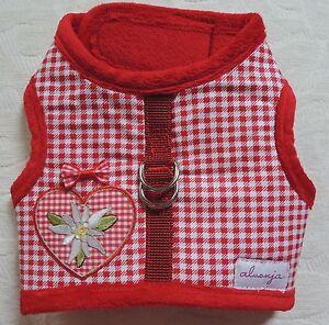 Hundegeschirr-alvonja-034-LOVELY-034-Softgeschirr-Rotkaeppchen-hell-mit-Herz