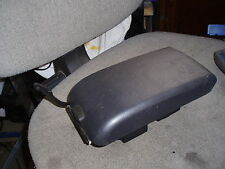 1998 NISSAN PRIMERA P11 MK1 CENTRE CONSOLE ARM REST LID, FAST DISPATCH CAR PART