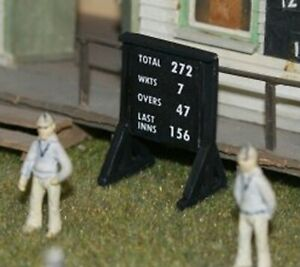 LANGLEY-MODELS-F35c-1-76-OO-SCALE-Cricket-Game-Portable-Scoring-Board