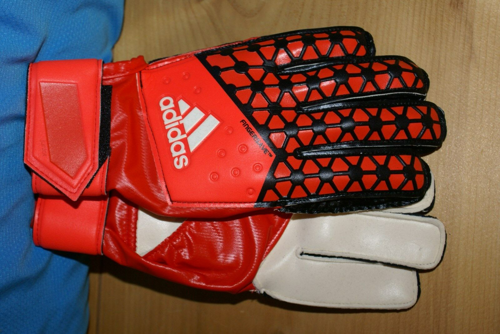 Buy   adidas Ace Fingersave Junior Goal Keeper Glove S90153 Size 5 ... 8cae8047f396