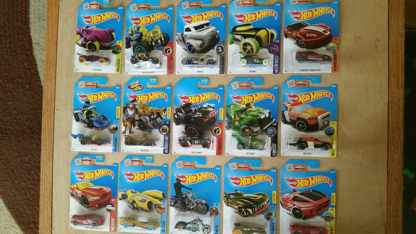 2016~COMPLETE SET OF 15 ~REGULAR TREASURE HUNTS~HOT WHEELS~RARE~COLLECTIBLE