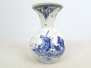 Vtg Delft 4 34 Inch Tall 73 Dp Ms Windmill Scene Bud Vase Holland