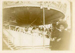 France-Paris-Fete-foraine-manege-ca-1911-vintage-citrate-print-Vintage-citr