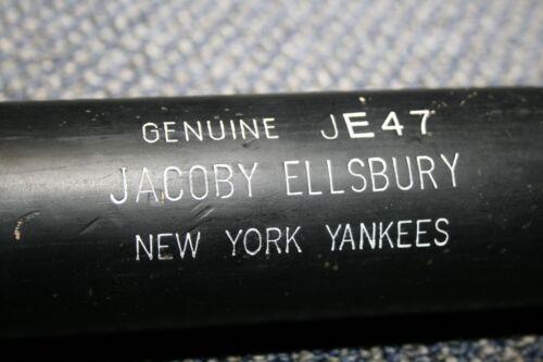 JACOBY ELLSBURY GAME USED LOUISVILLE SLUGGER WOOD BAT NEW YORK YANKEES