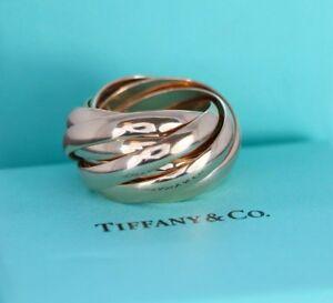 681057593 Tiffany & Co Paloma Picasso Melody 18K Rose Gold Interlocking Ring ...