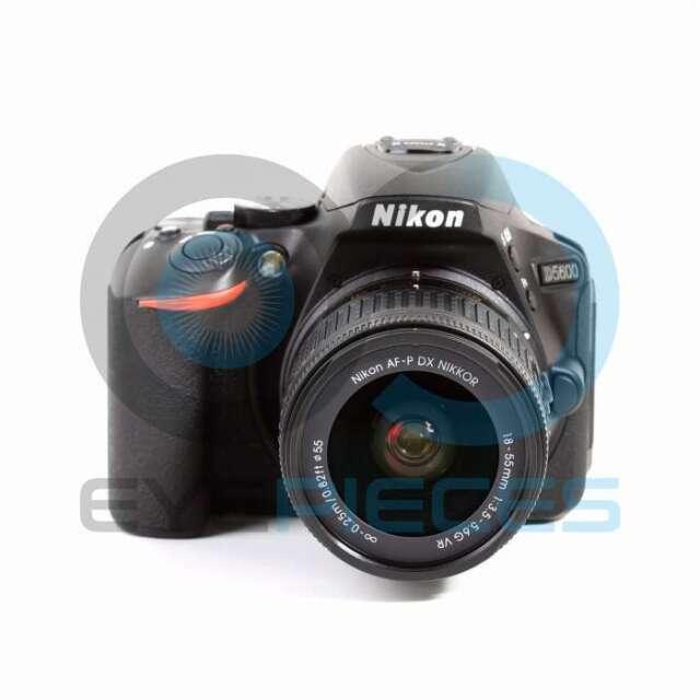 Genuino Nikon D5600 Digital SLR Camera + AF-P DX 18-55mm f/3.5-5.6G VR Lens