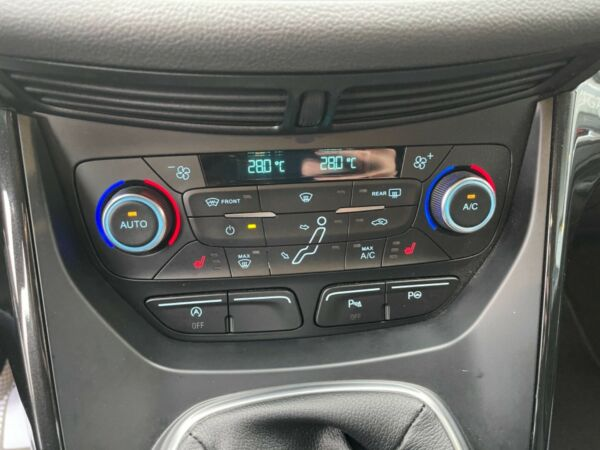 Ford C-MAX 1,0 SCTi 125 Titanium billede 14