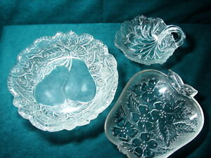 Lot-of-3-Pretty-Vintage-Clear-Pressed-Glass-Apple-Pear-amp-Berry-Bowls