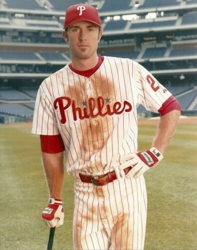 CHASE UTLEY PHILLIES ALL TIME GREAT  8X10 COLOR PHOTO