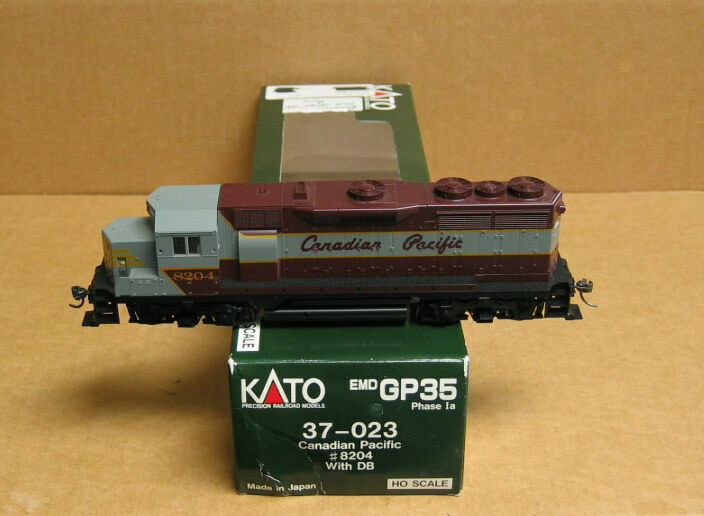 Kato 37 -023 HO Canadian Pacific GP35