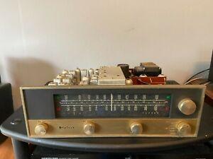 Nice-VINTAGE-McIntosh-mr-55-Tube-AM-FM-Tuner-mit-Roehren-fuer-Restauration