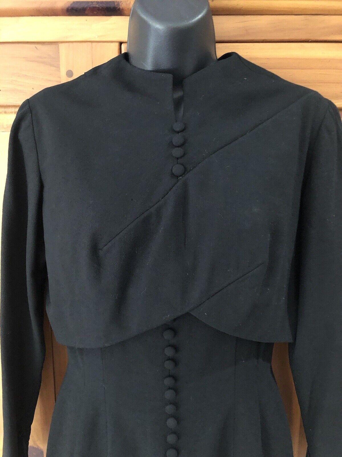 Travilla vintage 60s/70s black wool crepe dress s… - image 3