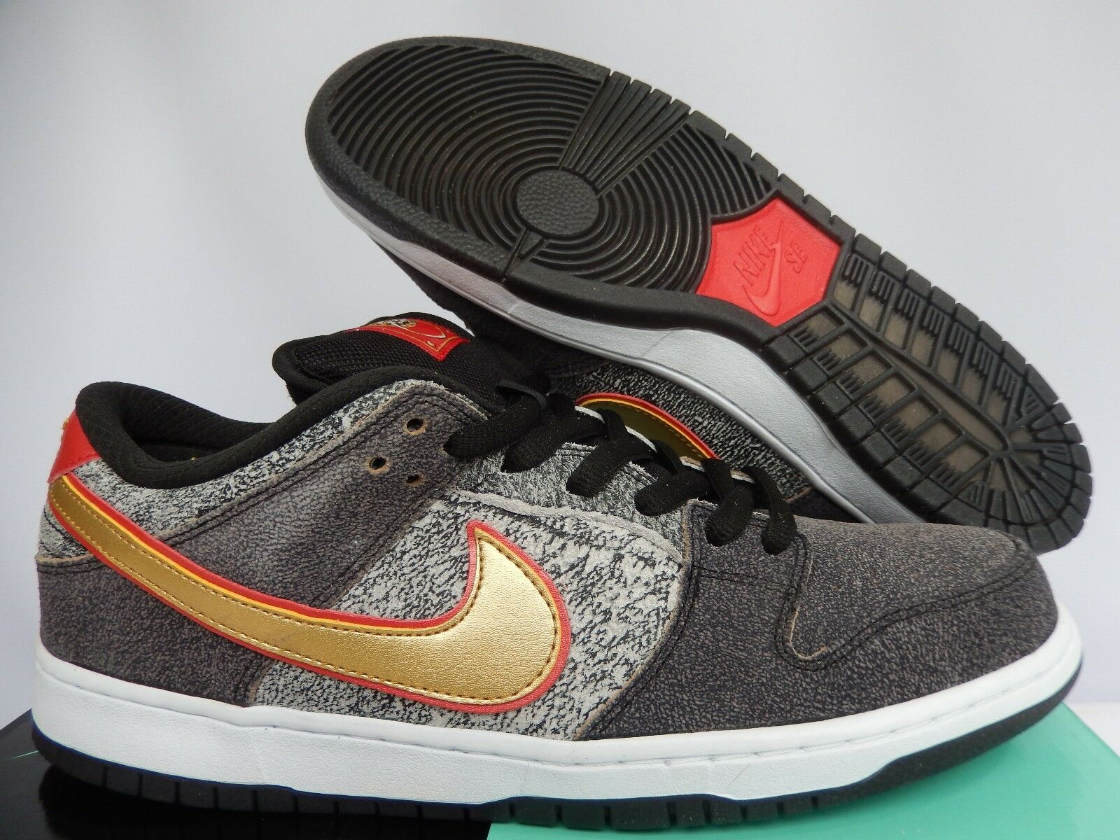 NIKE DUNK LOW PREMIUM SB QS BEIJING BLACK-METALLIC GOLD SZ 10.5 [504750-077]