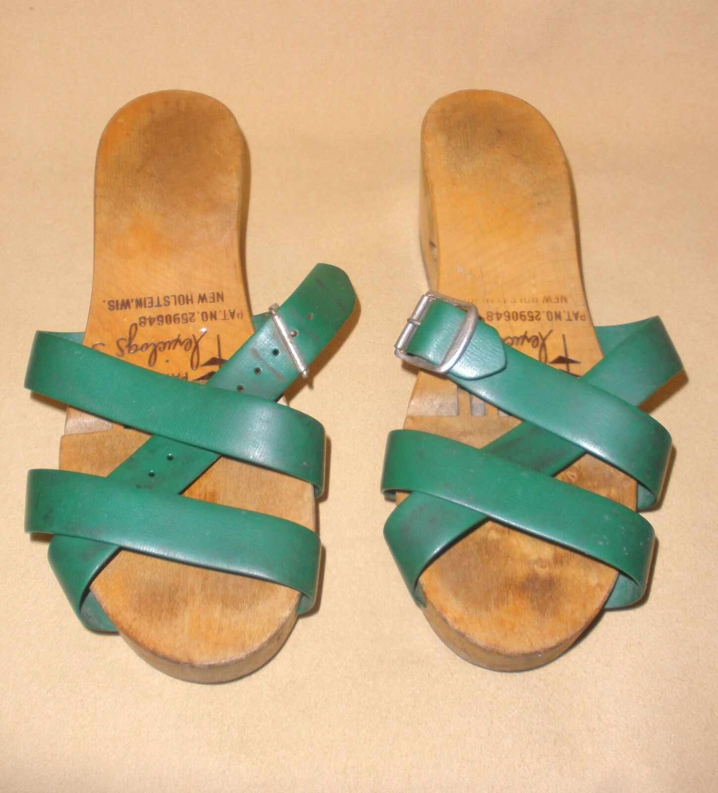 1950's Ladies Flexiclogs in Green Patent 2590648 … - image 2