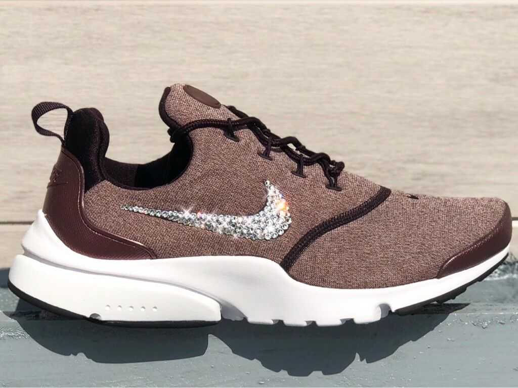 Crystal Nike Presto Fly SE Port Wine MTLC Gr. 40 Glitzer mit Swarovski Elements