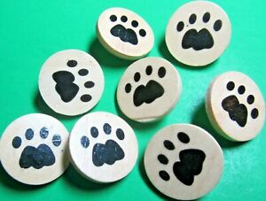 """(8) 7/8"""" PUPPY DOG PAW PRINT WOOD APPLIED SHANK NOVELTY CRAFT BUTTONS (Z102)"""