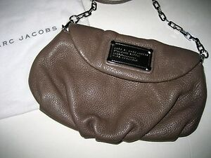 ef9bbfb70e Image is loading Authentic-MARC-by-marc-jacobs-TAUPE-STANDARD-SUPPLY-