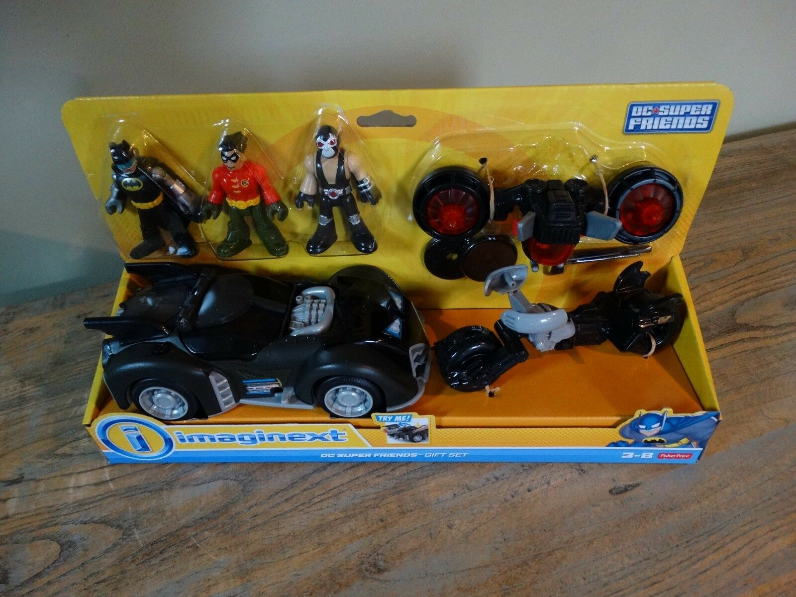 Imaginext DC Super Friends Batman Robin Bane Gift Set Vehicles Figures BNIB